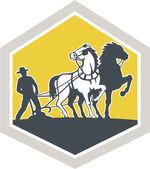 Agricoltore e cavalli retrò cresta campo di aratura — Vettoriale Stock