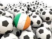 Calcio con la bandiera dell'irlanda — Foto Stock