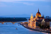 Parliament Building in Budapest at Evening — Stock Photo