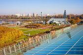 Jardín de azotea de biblioteca de universidad de varsovia — Foto de Stock