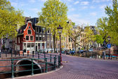 Dutch Canal Houses in Amsterdam — Stock Photo