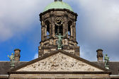 Pediment and Tower of the Royal Palace in Amsterdam — Stock Photo