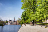 Hofvijver Lake and Park in The Hague — Stock Photo