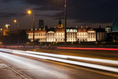 Street View of the Royal Castle at Night in Warsaw — Stock Photo