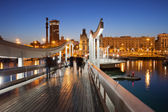 Rambla del Mar over Port Vell in Barcelona at Night — Stock Photo