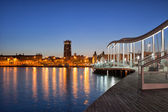 Rambla del Mar Promenade in Barcelona at Night — Stock Photo