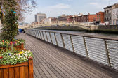 River Liffey Boardwalk in Dublin — Stock Photo