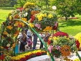 Blomsterarrangemang på semestern av krysantemum — Stockfoto