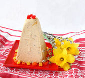 Traditional Russian curd easter pie — Stock Photo