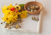 Easter bouquet with quail eggs — Stock Photo