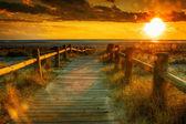 日落海滩此照片由 hdr 技术 — 图库照片