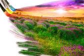 Kunstenaar borstel schilderij beeld van prachtige landschap — Stockfoto
