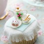 Постер, плакат: Tea party cupcake