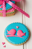 Lovebird cookies — Stock Photo
