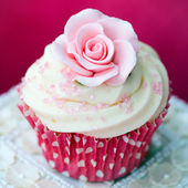 Gül cupcake — Stok fotoğraf