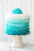Ombre ruffle cake — Stock Photo