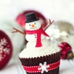 Snowman cupcake — Stock Photo #35504733