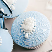 Cameo cupcakes — Stock Photo