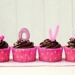 cupcakes dia dos namorados — Fotografia Stock  #8564569
