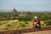 Tourist in Bagan — Stock Photo