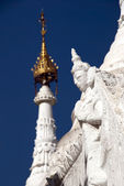 White statue in Sandamuni Pagoda — Stock Photo