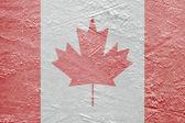 Kanadische flagge auf dem eis — Stockfoto