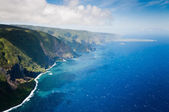 Green hills of Molokai island coastline. — Stock Photo