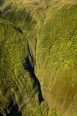 Aerial view of Kahiwa falls — Stock Photo