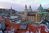 View over old town in Salzburg in the evening, Austria — Stock Photo