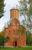 チェルニゴフ、ウクライナ - 12 日の記念碑にセミョーノフカ教会 — ストック写真