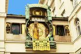Ankeruhr (orologio dell'Anker) a Vienna (Austria) costruito da Franz von Ma — Foto Stock