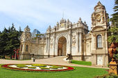 Dolmabahce Palace in Istanbul, Turkey — Stock Photo