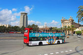 Barcelona Bus Touristic. 3 routes with 1 ticket. Open-top double decker bus. Audioguide in 10 languages. Event October 8, 2013 in Barcelona, Spain, Catalonia — Stock Photo