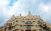 Casa mila of la pedrera in barcelona, Spanje — Stockfoto