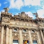 Building Customs in the port of Barcelona, Spain — Stock Photo #43938089