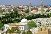 Arabic cemetery and Mausoleum of Habib Burguiba, Monastir, Tunisia — Stock Photo