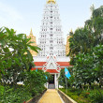 "White buddhagaya pagoda in public temple ""Wat Yansangwararam"", Pattaya, Thailand — Stock Photo #50567951"