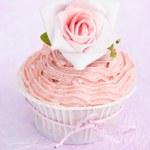 Pink cupcake — Stock Photo #28748039