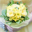 Wedding bouquet of yellow roses — Stock Photo #28754805