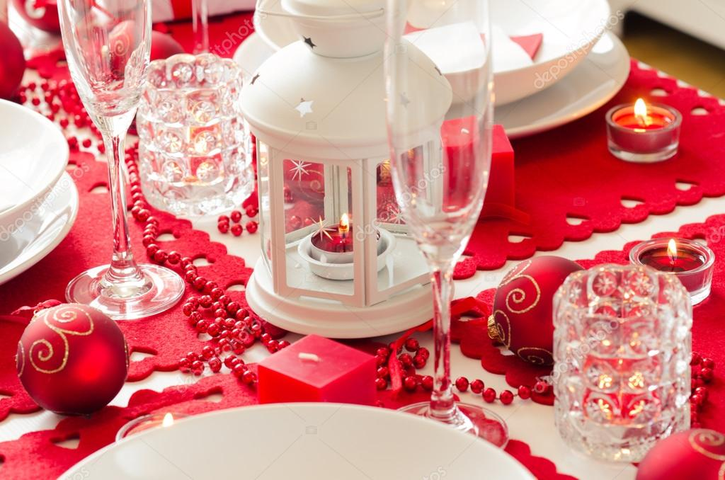 Download - Christmas table setting in red and white — Stock Image ...