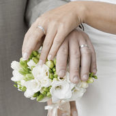 Hands and rings — Stock Photo