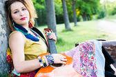 Hippi kadın festivali — Stok fotoğraf