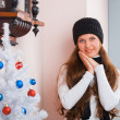 Girl near Christmas tree — Stock fotografie