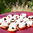 French cookies sable with meringue & currants — Stock Photo
