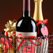 Wire Shopping Basket With Valentines Presents — Stock Photo