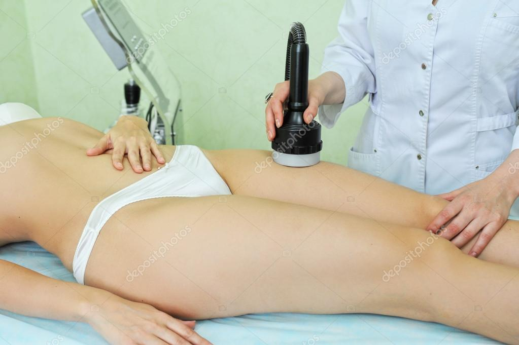 Procedure for women hip for cellulite — Stock Photo #13620322