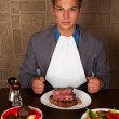 Eat a beef steak — Stock Photo #15840653