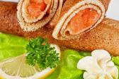 Crêpes au saumon — Photo