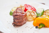 Beef meat and vegetable — Stock Photo