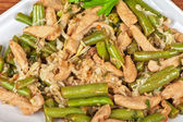 Green beans with chicken — Stock Photo